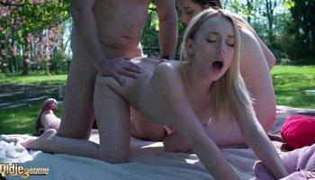 sexy asian slut sucks and fucks