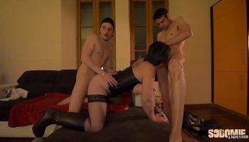 Mature slut squirts and then Cum shot in the face