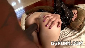 Simple hard worker has sex with an amazing doctor Raven Hart in the medicine room