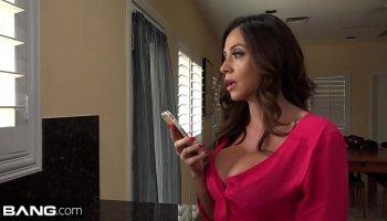 Jada Stevens - Boss fucks his assistant's big ass